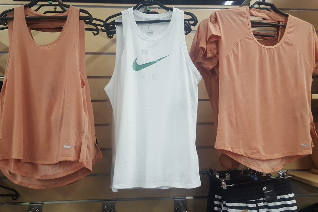 NIKE Collection Femme | SPORT 2000 Le Grand Quevilly | Sport